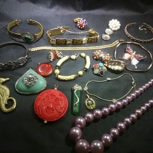 Vintage jewelry lot stone enamel rhinestone Deco
